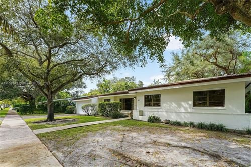 Photo of 411 Castania Ave, Coral Gables, FL 33146 (MLS # A11109149)