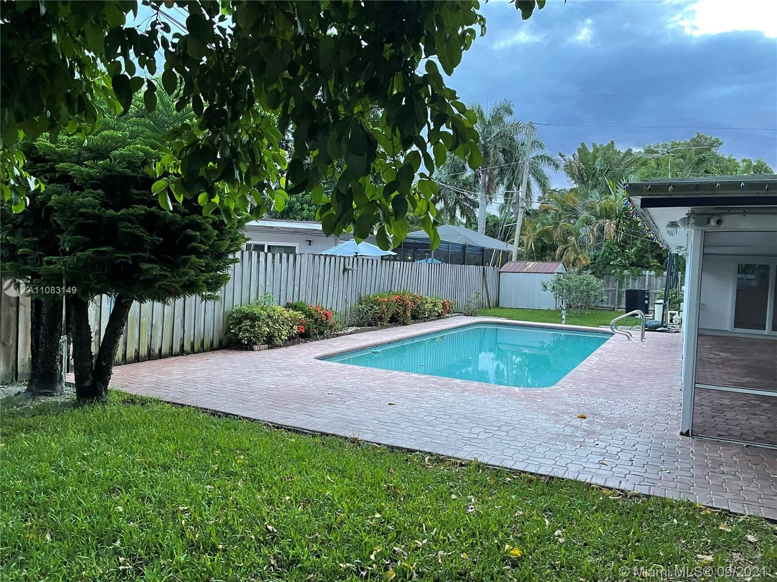 Photo of 600 NW 22nd Ct, Wilton Manors, FL 33311 (MLS # A11083149)