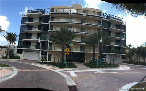 Photo of 2205 S Surf Rd #4A, Hollywood, FL 33019 (MLS # A11070150)