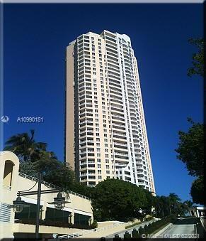 Photo of 888 Brickell Key Dr #1102, Miami, FL 33131 (MLS # A10990151)