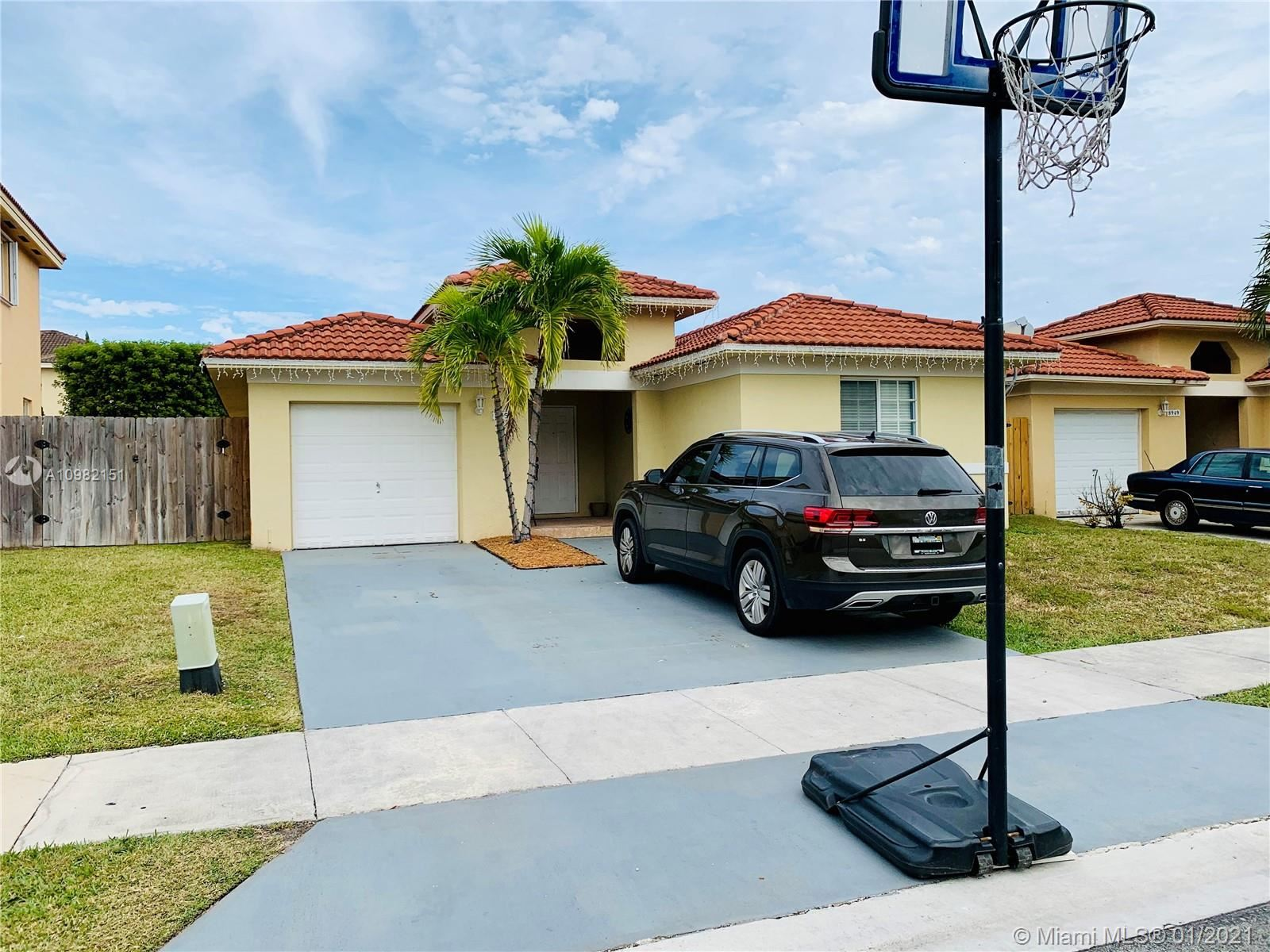 8955 SW 215th Terrace, Cutler Bay, FL 33189 - #: A10982151