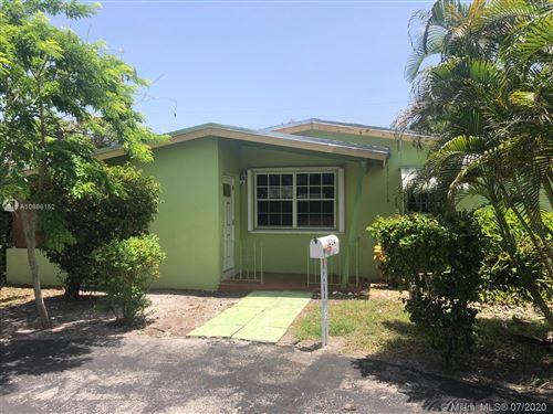 Photo of 1424 NE 180 St, North Miami Beach, FL 33162 (MLS # A10886152)