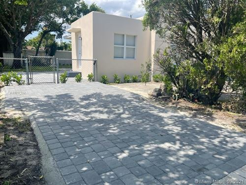 Photo of 5800 Taylor St #1, Hollywood, FL 33021 (MLS # A11097152)