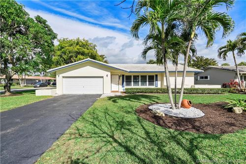 Photo of 11935 NW 24th St, Coral Springs, FL 33065 (MLS # A10984153)