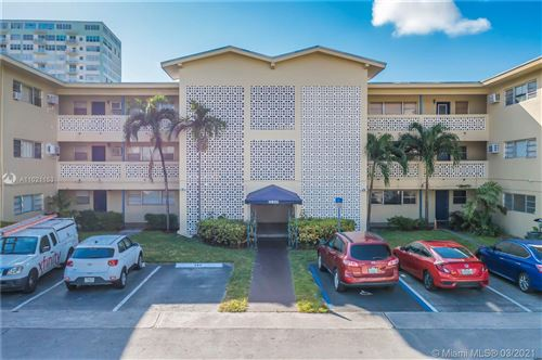 Photo of 11930 NE 19th Dr #6, North Miami, FL 33181 (MLS # A11021153)