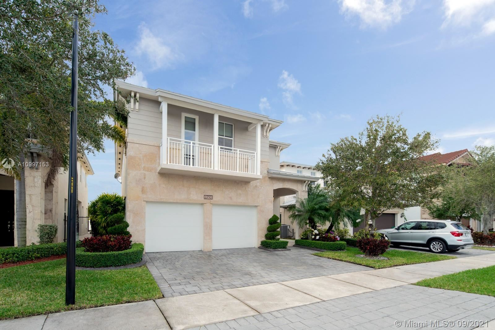 Photo of 6990 NW 104th Ct, Doral, FL 33178 (MLS # A10997153)