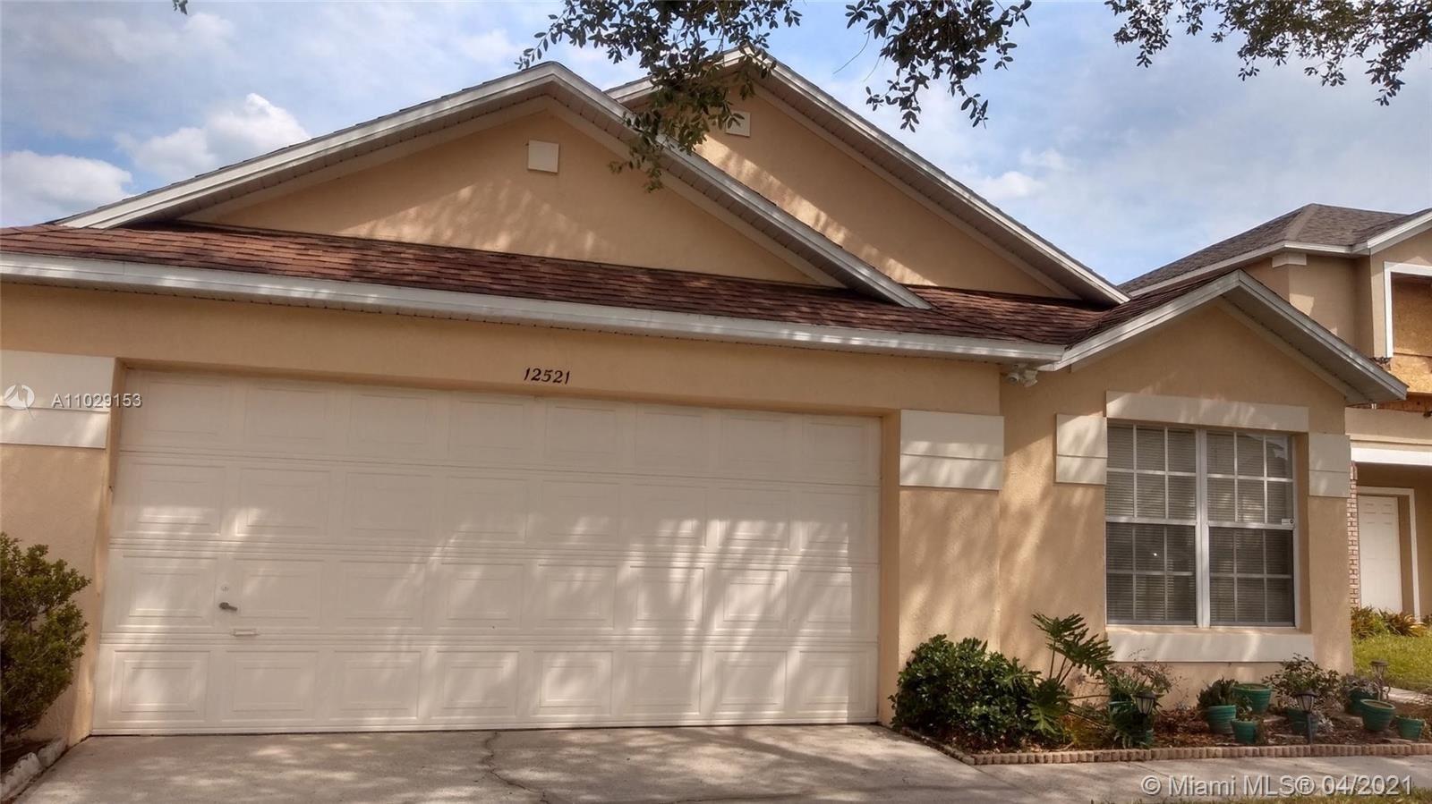 Photo of 12521 Beacontree Way, Orlando, FL 32837 (MLS # A11029153)