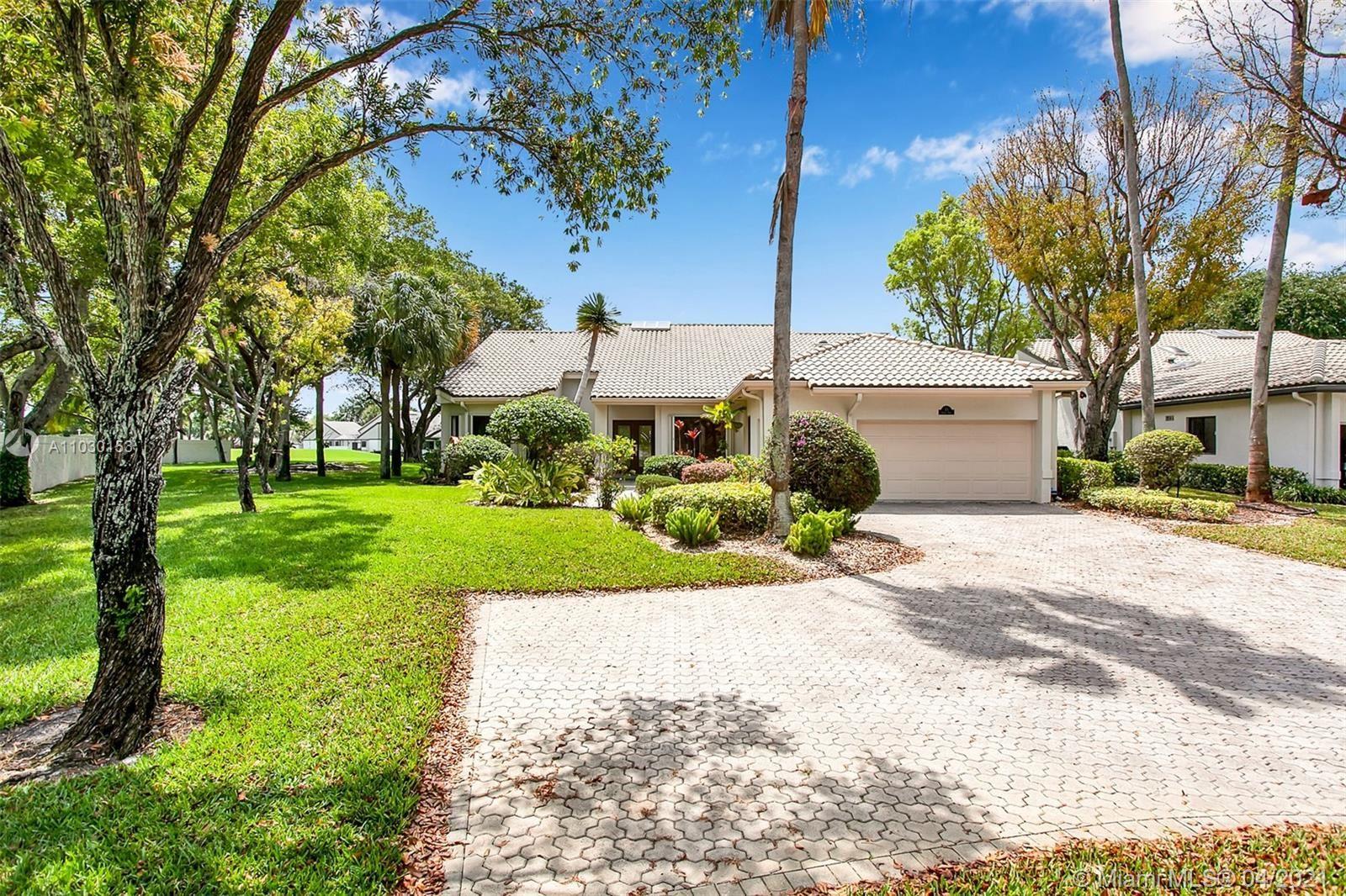 71 Bristol Dr, Boynton Beach, FL 33436 - #: A11030153