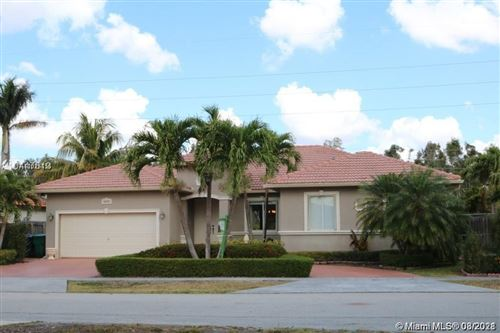 Photo of 16221 SW 42nd Ter, Miami, FL 33185 (MLS # A11016156)