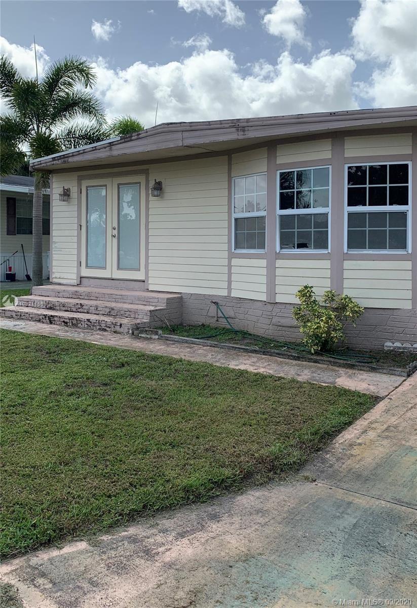 8320 SW 21st St, Davie, FL 33324 - #: A10921156