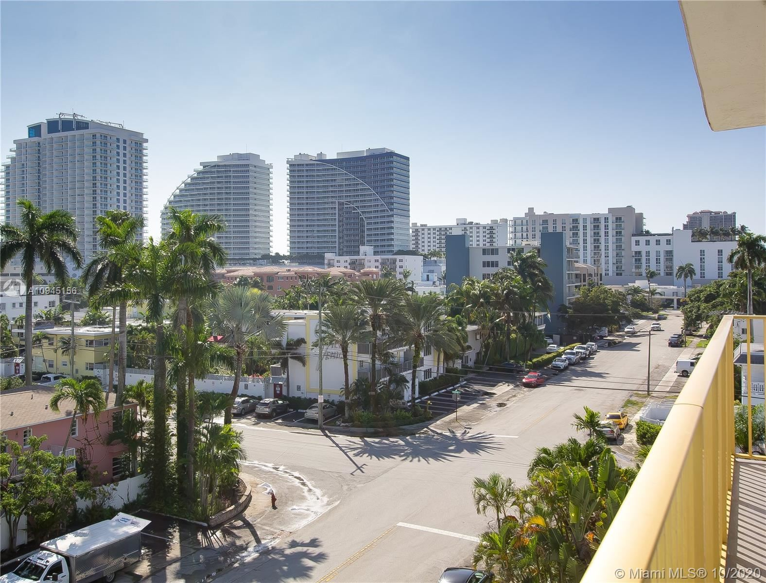 Photo of 619 Orton Ave #505, Fort Lauderdale, FL 33304 (MLS # A10945156)