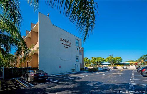 Photo of Miami, FL 33176 (MLS # A11018157)
