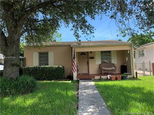 Photo of Listing MLS a10677158 in 232 Shadow Miami Springs FL 33166