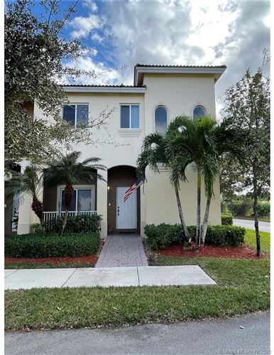 Photo of 1611 SE 23rd Path, Homestead, FL 33035 (MLS # A10975158)