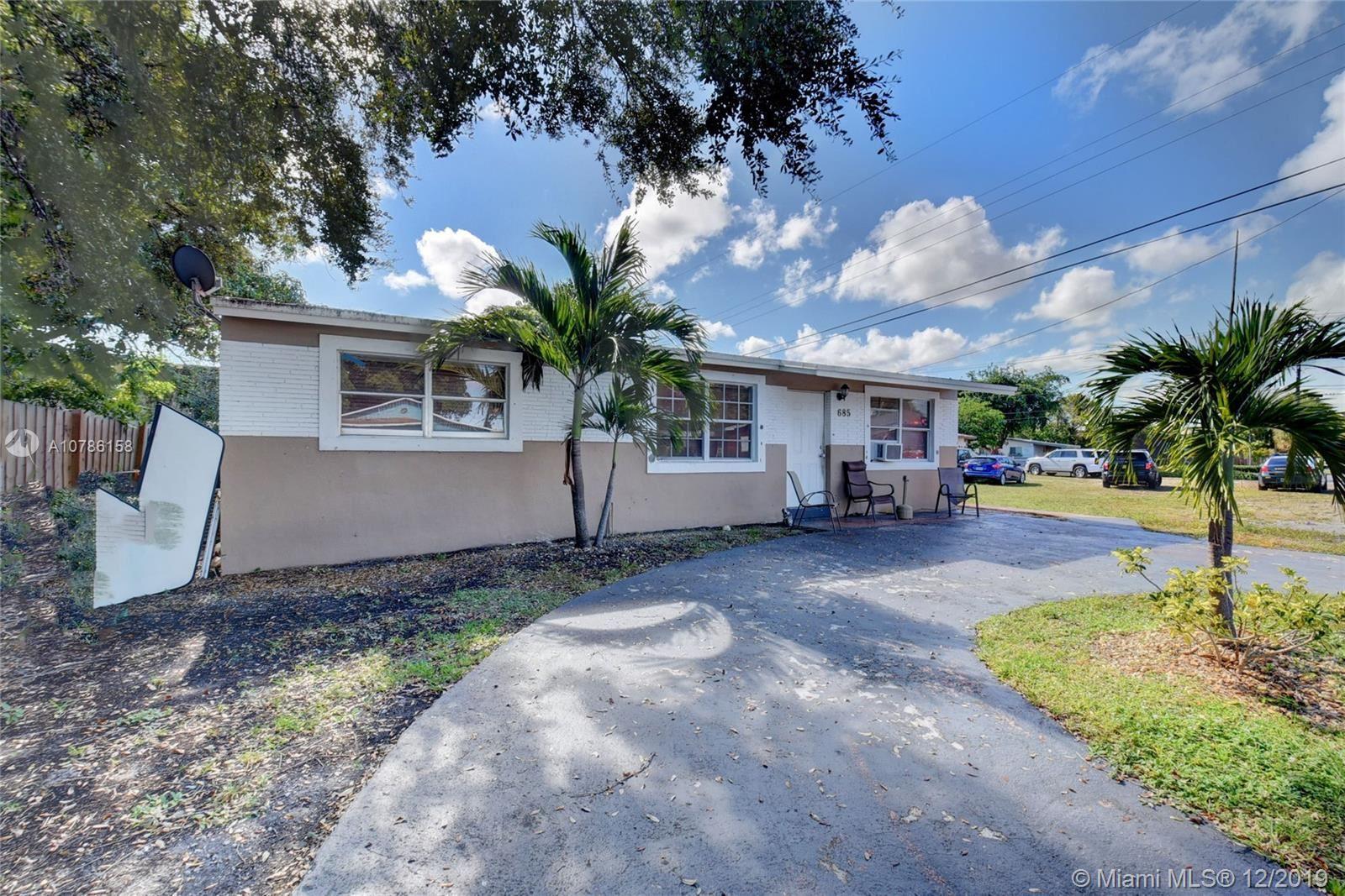 685 SW 7th Ter, Dania, FL 33004 - MLS#: A10786158