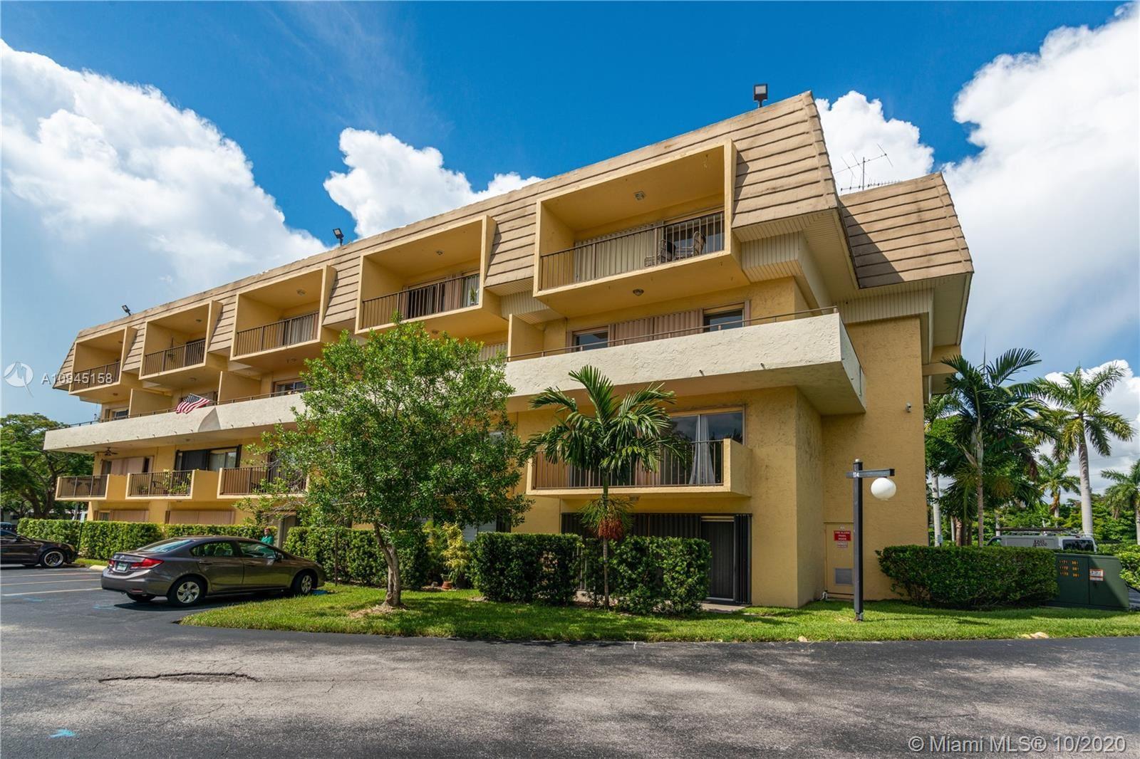 8000 SW 81st Dr #202, Miami, FL 33143 - #: A10945158