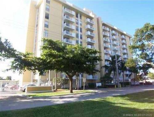 Photo of 2000 NE 135th St #504, North Miami, FL 33181 (MLS # A10800159)