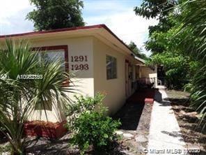 Photo of 1291 NE 161st St #1291, North Miami Beach, FL 33162 (MLS # A10962159)