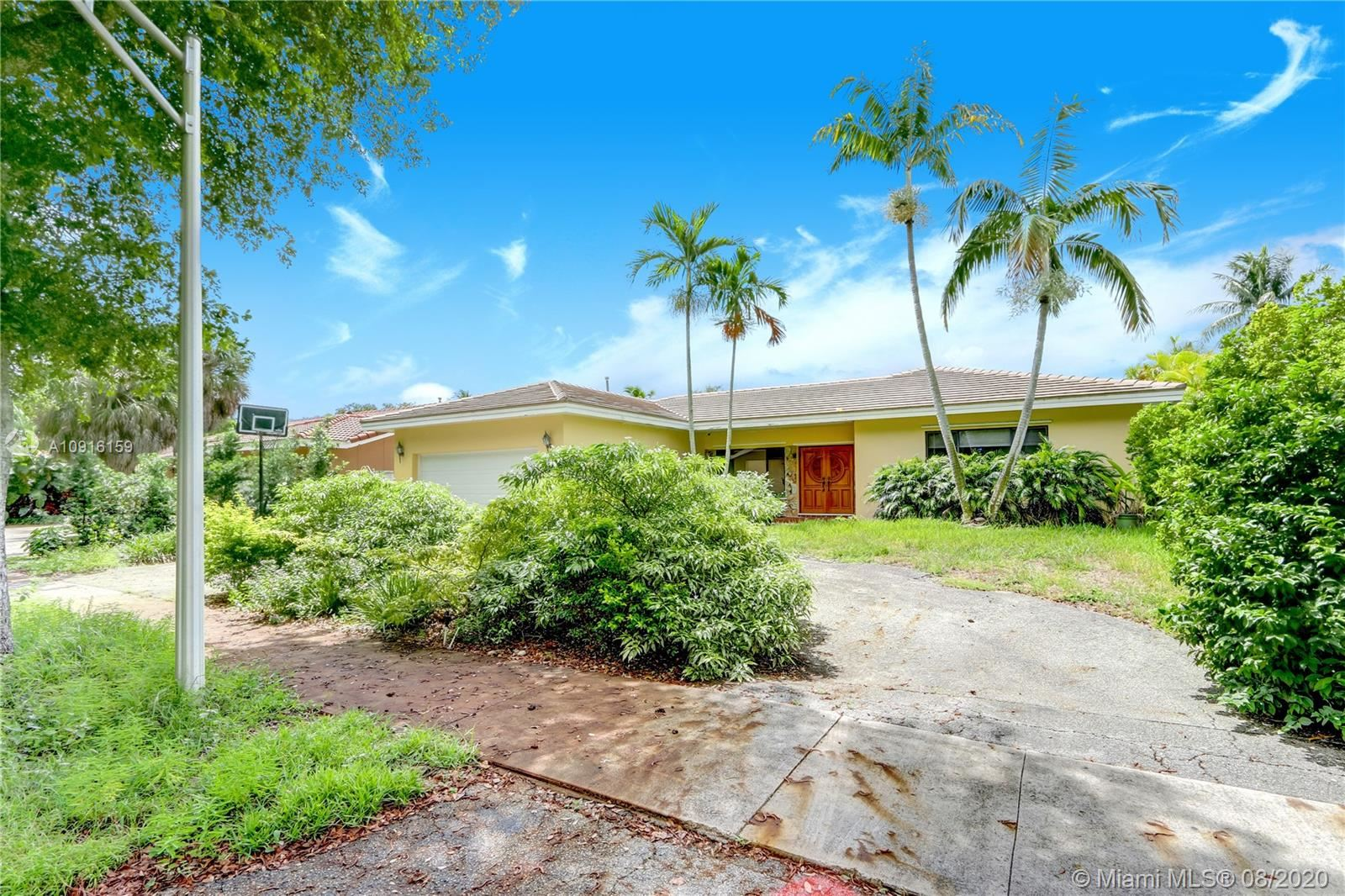 8490 Dundee Ter, Miami Lakes, FL 33016 - #: A10916159