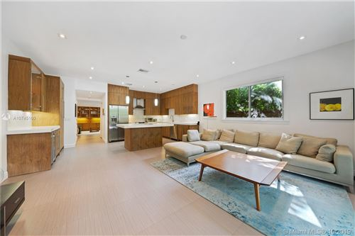 Photo of Listing MLS a10745160 in 3177 Florida Ave #3177 Coconut Grove FL 33133
