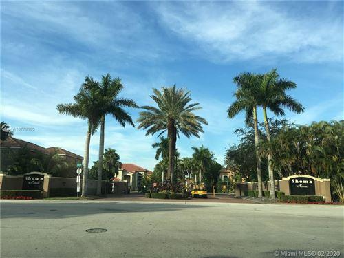 Foto de inmueble con direccion 16424 SW 95th St Miami FL 33196 con MLS A10778160