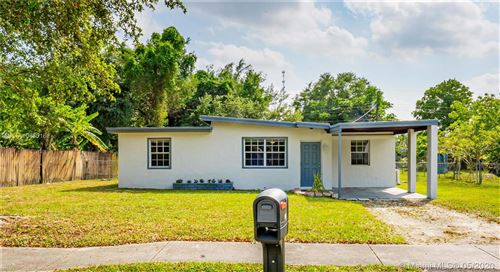Photo of Listing MLS a10850161 in 118 Allen Rd West Park FL 33023