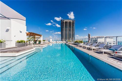 Foto de inmueble con direccion 1010 Brickell Ave #4405 Miami FL 33131 con MLS A10884161