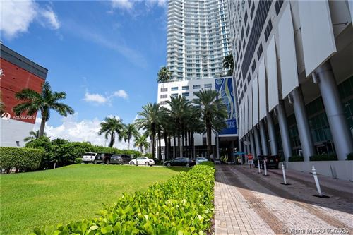 Photo of 185 SW 7th St #902, Miami, FL 33130 (MLS # A10942161)
