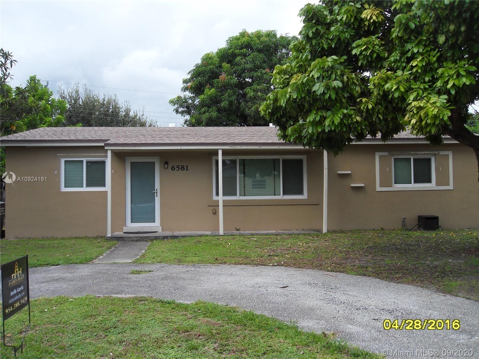 6581 Taylor St, Hollywood, FL 33024 - #: A10924161