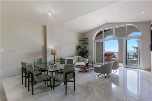 Foto de inmueble con direccion 2042 Fisher Island Dr #2042 Miami FL 33109 con MLS A10800162