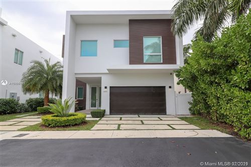 Photo of 6850 NW 106th Ave, Doral, FL 33178 (MLS # A10905162)