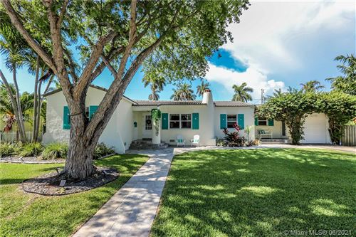 Photo of 1010 Tyler St, Hollywood, FL 33019 (MLS # A11049162)