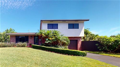 Photo of Listing MLS a10860165 in 10001 SW 85th Ter Miami FL 33173