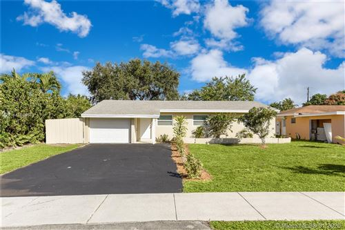 Photo of 4525 NW 3rd St, Plantation, FL 33317 (MLS # A10804166)