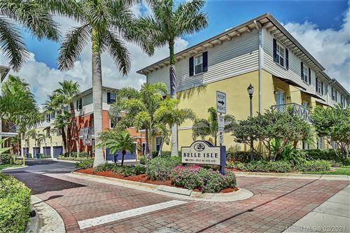 Photo of 2221 NE 9th Ave #2221, Wilton Manors, FL 33305 (MLS # A11002167)