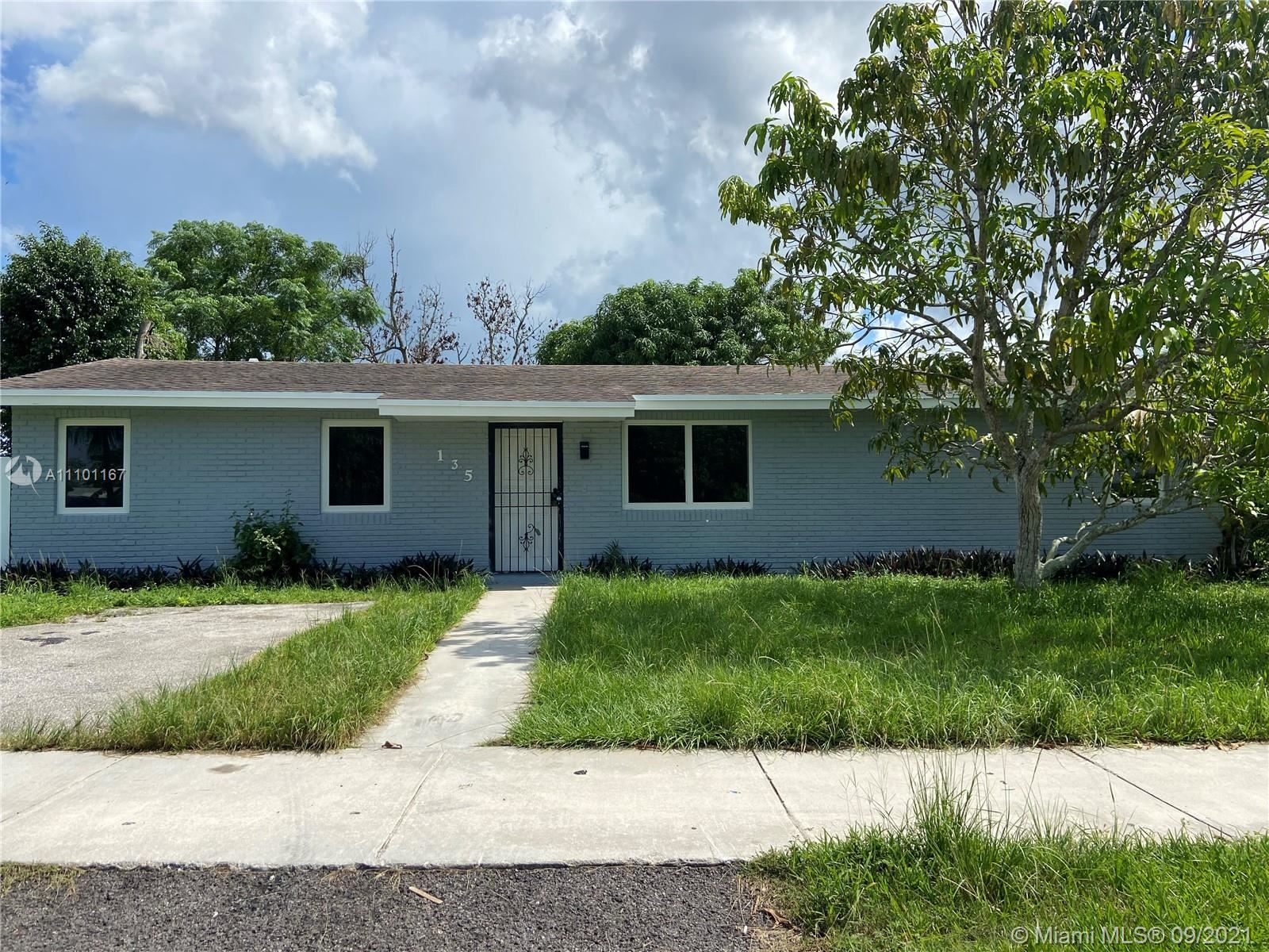 Photo of 135 SW 17th Ave, Homestead, FL 33030 (MLS # A11101167)