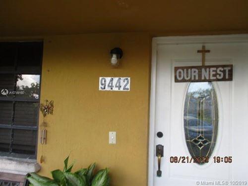 Foto de inmueble con direccion 9442 SW 17th St Miami FL 33165 con MLS A10749168