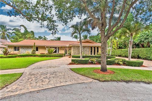 Photo of 6751 Gleneagle Dr, Miami Lakes, FL 33014 (MLS # A10872168)
