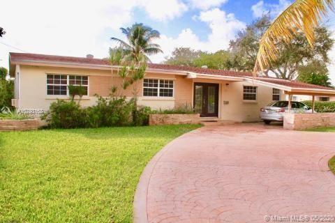 1000 NE 179th St, North Miami Beach, FL 33162 - #: A10793168