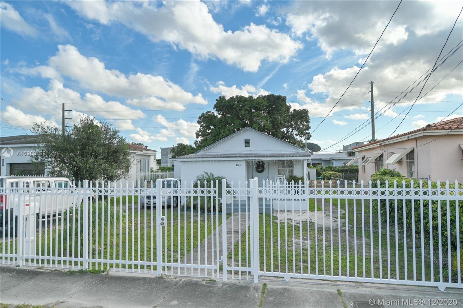 1220 NW 68th St, Miami, FL 33147 - #: A10963168