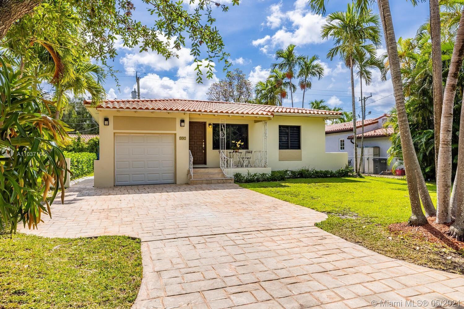 997 Monterey St, Coral Gables, FL 33134 - #: A11037168