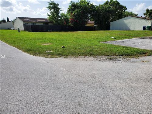 Photo of 14300 SW 283rd St, Homestead, FL 33033 (MLS # A10885169)