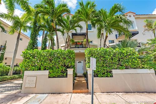 Photo of 261 Navarre Ave #B-1, Coral Gables, FL 33134 (MLS # A10904170)