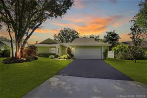 Photo of Listing MLS a10727171 in 12104 Landing Way Cooper City FL 33026