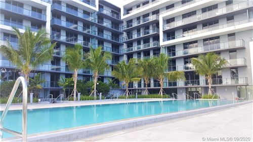 Foto de inmueble con direccion 2960 NE 207th St #713 Aventura FL 33180 con MLS A10811171