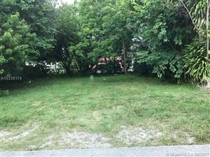 Photo of 3763 Washington Ave, Miami, FL 33133 (MLS # A10330174)