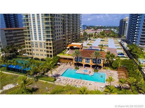 Photo of Listing MLS a10858174 in  Hallandale Beach FL 33009