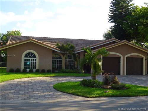 Photo of 8140 NW 50th St, Coral Springs, FL 33067 (MLS # A10932174)