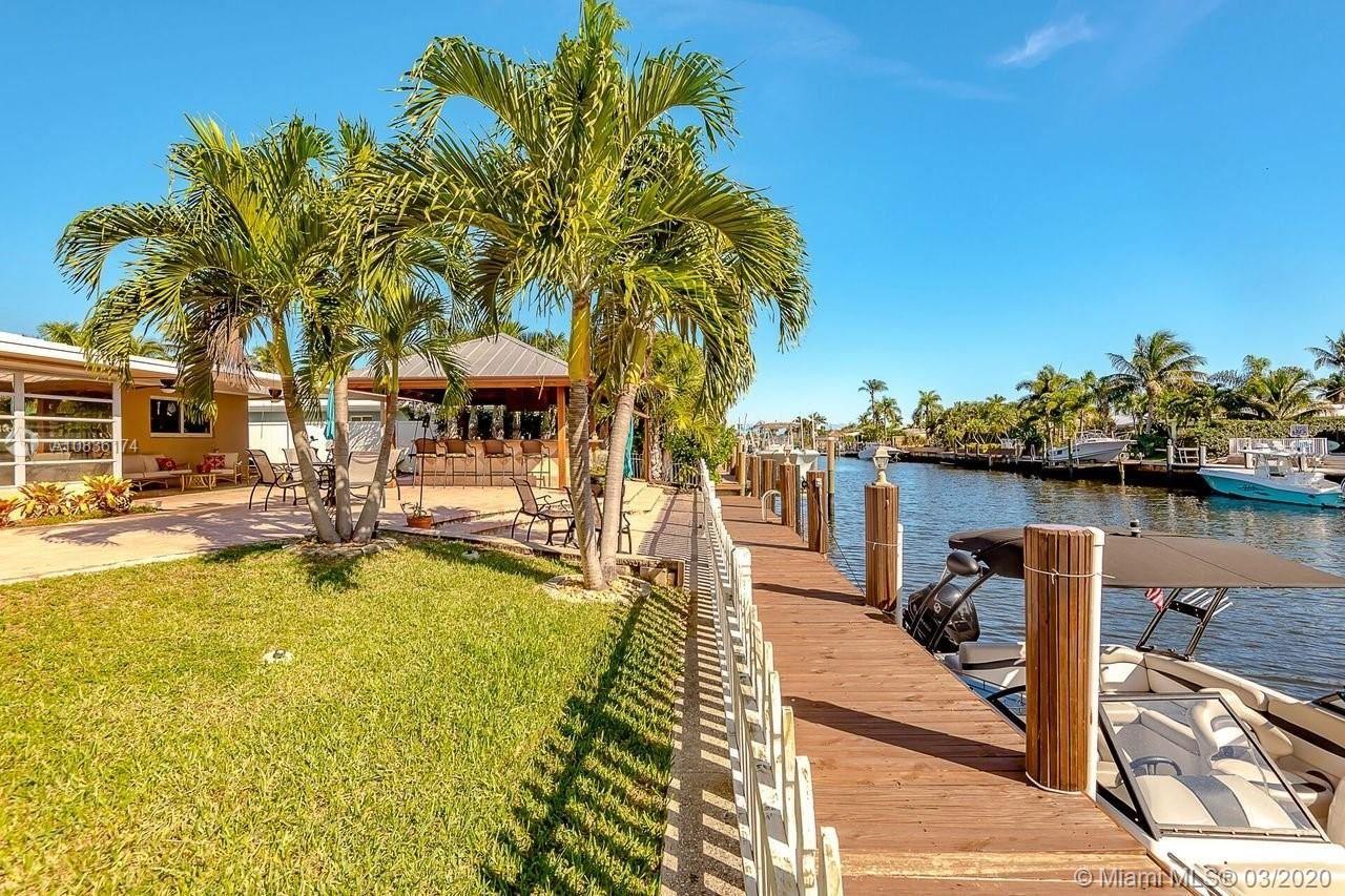 200 SE 3rd St, Pompano Beach, FL 33060 - #: A10836174