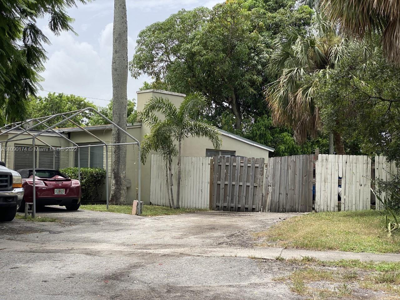 143 SW 21st Way, Fort Lauderdale, FL 33312 - #: A11090174